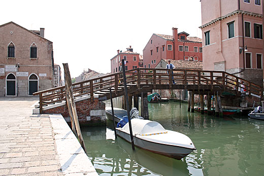 Piscina Sant Alvise Venezia.Ponte S Alvise